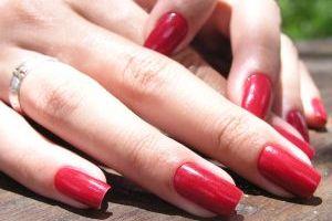 Забоитмся о красоте и здоровье ногтей